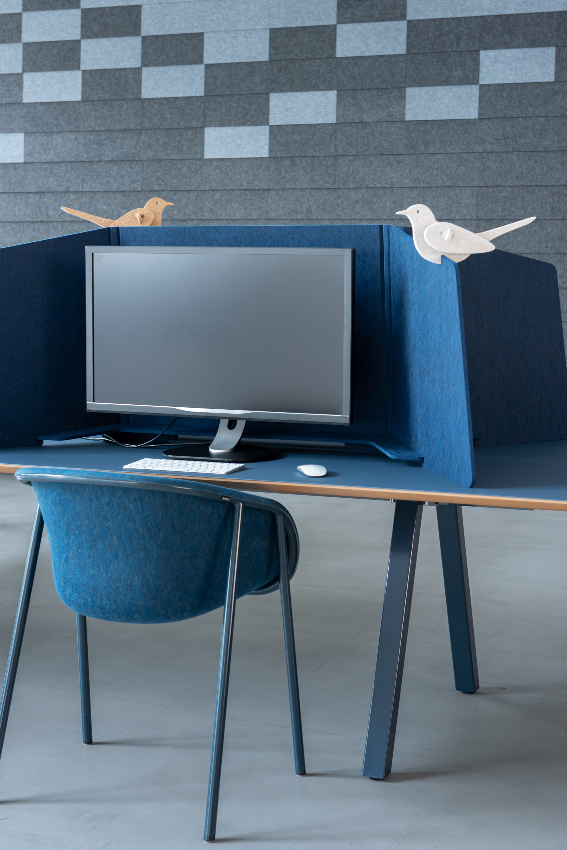 ReFelt PET Felt Workplace Divider 1.5m blue 2
